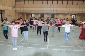 starting of dance choreography