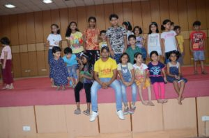 children with dance choreographer